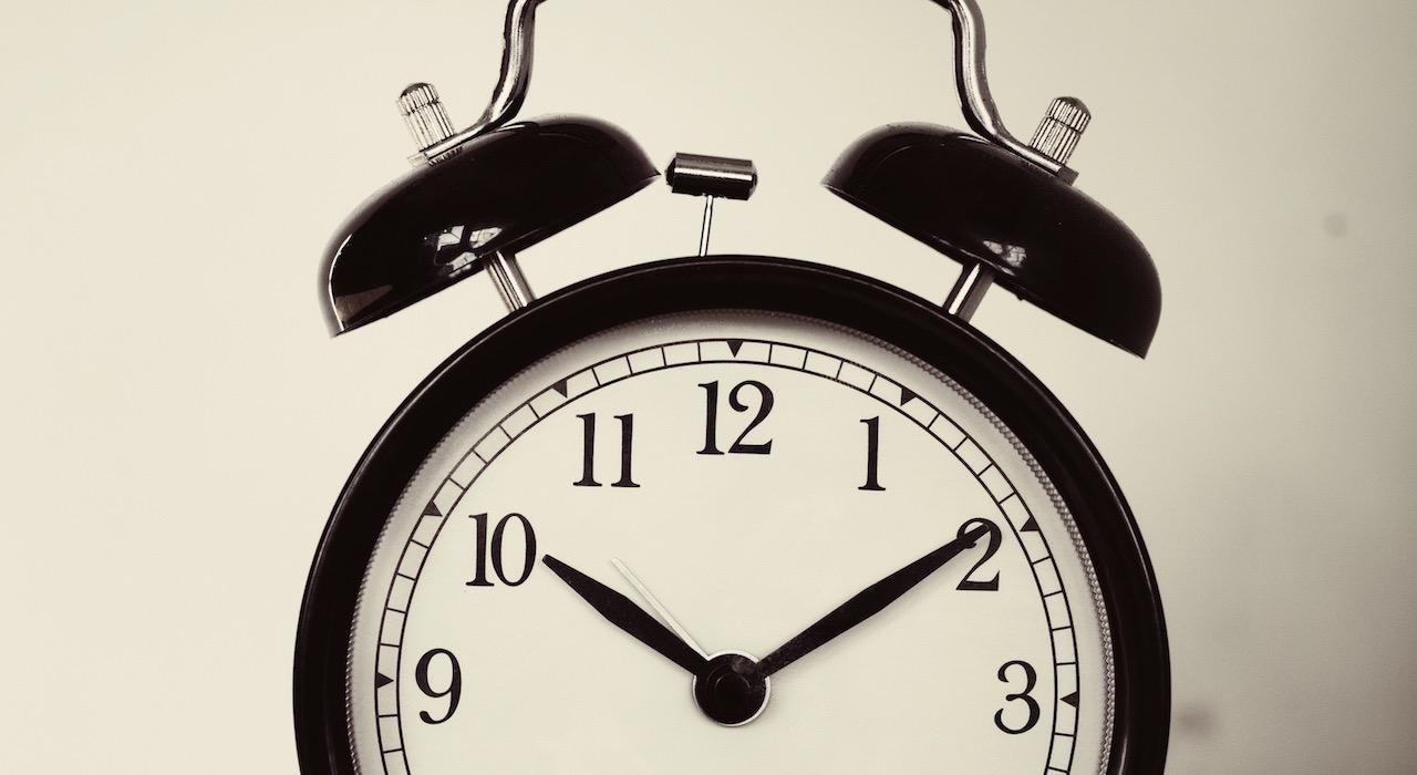 TRASFERIMENTO IN CORSO #3: Vicini mattinieri e telefonate inopportune