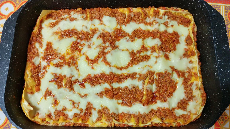 """VITA DA VEGETARIANA – Le ricette di Luca & Chiara: """"Lasagne al ragù di soia"""""""